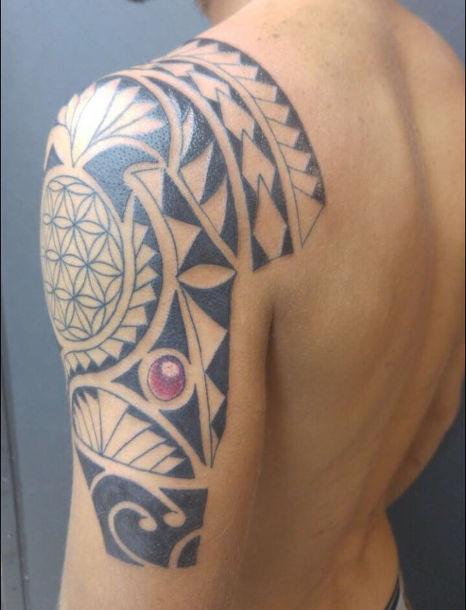 tattoo Maori style